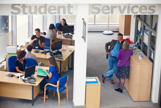 Student Services Department Of University Providing Advice on College Credit